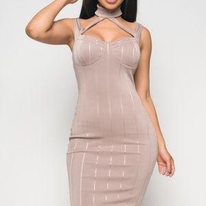 Dresses & Skirts - Taupe Midi Dress